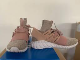 Брендовая спортивная обувь. Сток / Brand sports shoes. Stock - photo 5